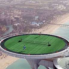 Helipad Tennis