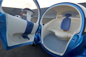 Pivo 2 drives sideways, cabin rotates