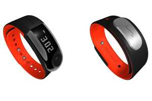 The Ernst Nike+ Sport Band Has an Integrated USB Flash Drive
