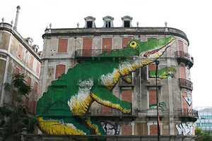 The Portuguese Urban Art Project Crono is Transforming the Streets of Lisbon