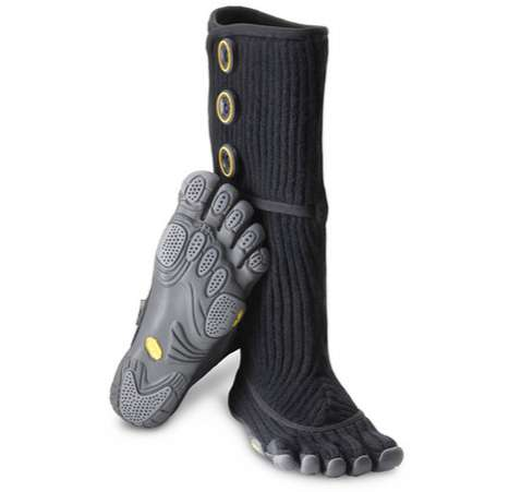 Winterized Toe Shoes - The Vibram FiveFingers Cervinia is a Dexterous Boot Option