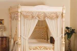 A Royal Sleep in the Baldacchino Supreme Luxury Bed is Only $6.35 Million Away