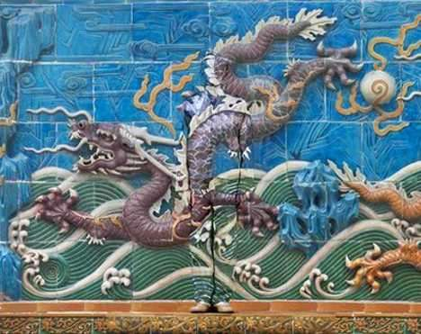 Human Chameleons - Liu Bolin Takes the Fine Art of Camouflage to the Extreme (UPDATE)