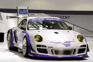 The Porsche Facebook Edition is Something You'll Definitely 'Like'