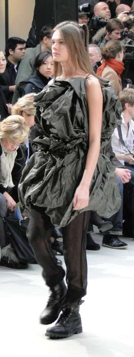 Ruffled Layers & Combat Boots - Moon Young Hee F/W 2011 Creates Volume at Paris Fashion Week