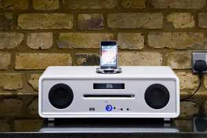 Vita Audio R4 is Perfect for Audio Junkies and Entertainment Fanatics