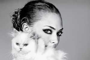 Amanda Seyfried Elle April 2011 Editorial Gets Cozy With Animals