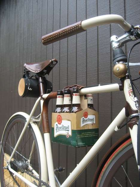 Two-Wheel Alcohol Carriers - Walnut Studiolo Helps Pack a Six-Pack to Your Bike