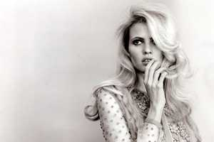 The Lara Stone 'Self Service' S/11 Shoot Depicts Retro Glamour