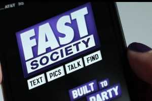 Fast Society Gives the Heavy Texter's Thumbs a Much Needed Break