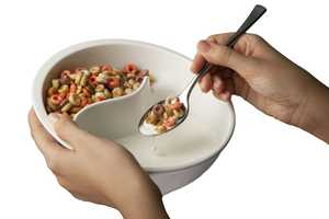 Never Have Soggy Cereal Again With the Obol Bowl