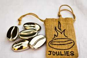 These Coffee Joulies Can Cool Down and Warm Up Your Coffee with Ease