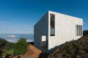 The Panorama and WMR Home in Chile Sits Atop a Mountain