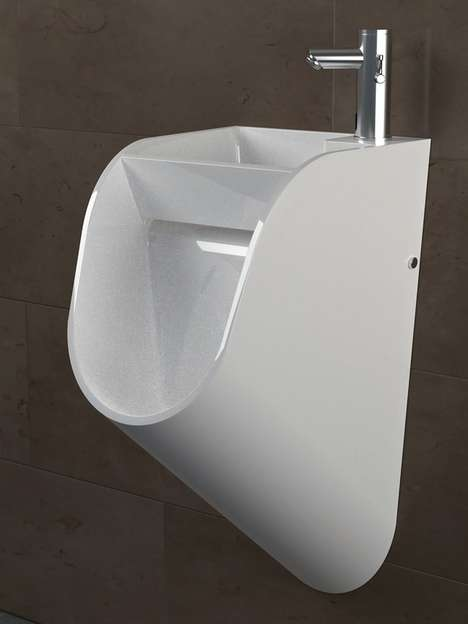 The Tandem Urinal Makes Going to the Bathroom Super-Efficient