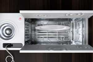 Electrolux KEWA by Pietro Russomanno Gets Rid of Greasy Stains