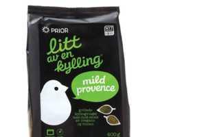 Litt Av En Kylling Packaging Adopts a Scrumptious Avian Aesthetic