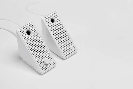 Nixon portable block speakers