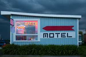 Benoit Paillé Cheap Motel Series Showcases Motels as Art