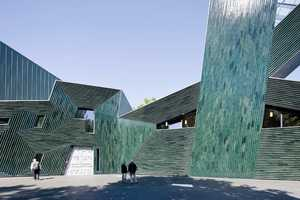 The Jewish Community Center Mainz Features a Mesmerizing Facade