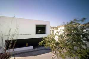 The Cádiz Prehistorical Interpretation Centre Creates a Ying-Yang Effe