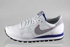 The Nike Air Pegasus '83 Shoe is the Hottest Off-Field Shoe