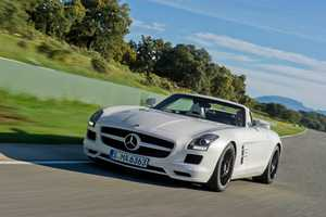 The New Mercedes-Benz SLS AMG Roadster 2012 is Powerful and Plush