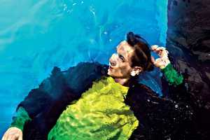 Take a Dive with the Splash Nel Colore Velvet Magazine Shoot