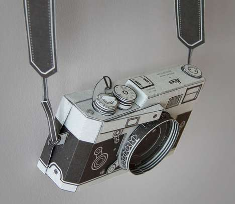 Papercraft Leica