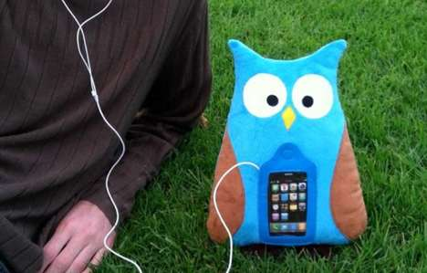 Cuddly Music Critters - The Swoop iPhone Pillow Holds Your Tunes in Its Tummy