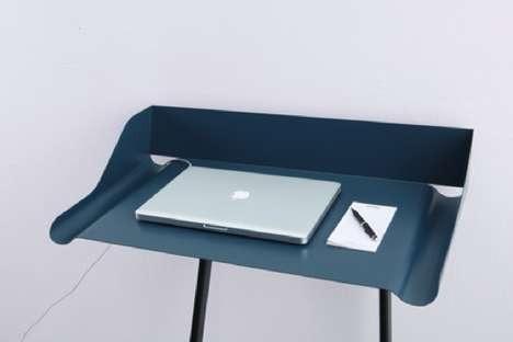 Mox Storch Desk