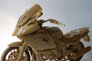 The Vyacheslav Voronovich Wooden Motorcycle Pumps Up the Vintage