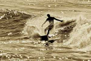 Elmo Hernandez Photography Showcases Wave Conquerers
