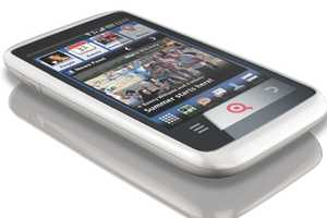 The INQ Cloud Touch Features a Facebook Home Screen