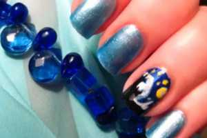 This Tutorial for Van Gogh Nail Art Features a Starry Night