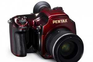 The Pentax 645D Japan Urushi is the Photo-Snapper of the Year