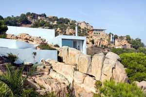 The 'Casa Nuria Amat' by Jordi Garces is Nestled on Exotic Terrain