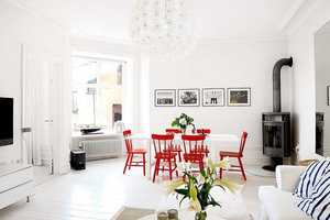 This Renovated Apartment by 'Eklund Stockholm New York' Favors White Flair