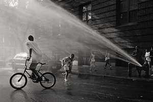 Markus Hartel Shoots New York City with a Monochromatic Artful Eye