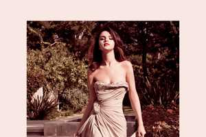 The Selena Gomez ELLE Mexico August 2011 Editorial Shows Maturity