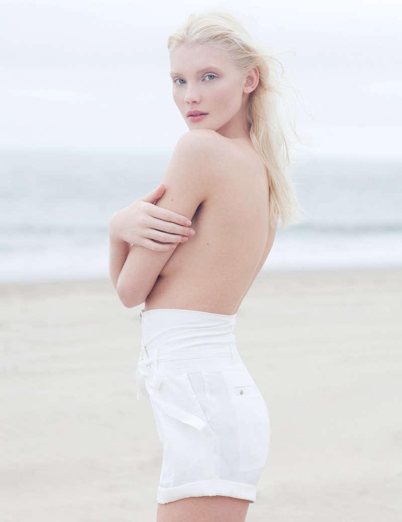 Blonde Bombshell Beach Shoots