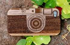 The Wood Camera iPhone 4 Case Protects Your Device in Vintage Fashion