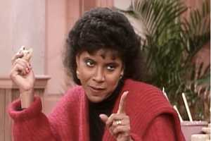 The Sassy 'Clair Huxtable: Mom Style Icon' Tumblr