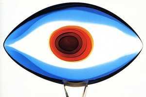 Shape and Matter Combine in Venetian Glassmaster Pino Signoretto