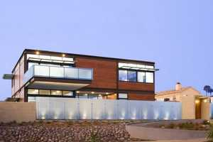 The Point Loma House in San Diego is the Epitome of Eco-Architecture