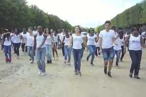 The Beyonce Birthday Flashmob in Paris is Heartwarming