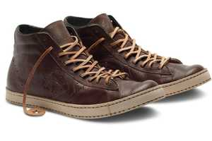 The Sak DR. J Pro Leather Pays Tribute to an NBA Legend