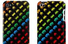 8-Bit Arcade Techcessories - The SPACE INVADERS by Case Scenario Dresses Up Gadgets