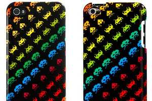 The SPACE INVADERS by Case Scenario Dresses Up Gadgets