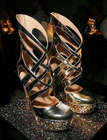 Le scarpe scintillanti di Alejandro Ingelmo - Primavera 2012