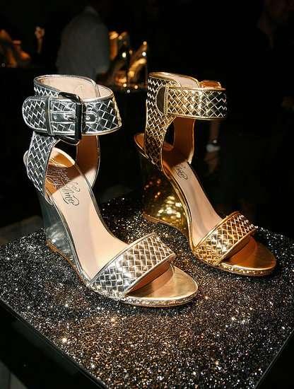 La collezione di scarpe brillanti di Alejandro Ingelmo 2012